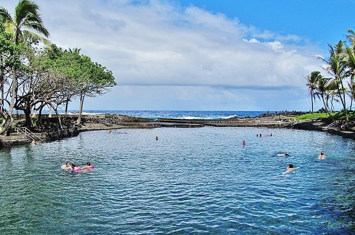 ahalanui-beach-park
