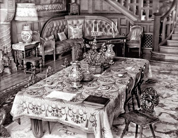 chateau-menier__02__interieur-baie-ellis-ou-gamache-ile-anticosti